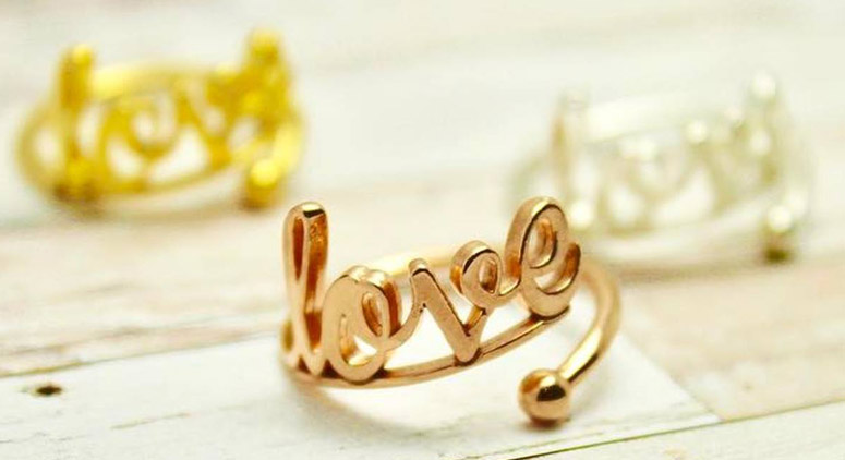 valentines-day-2016-gift-ideas-thomas-jewellers-alex-ani